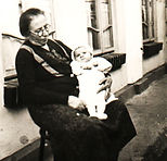 Sorel Baby with Grandmother 1933.jpg