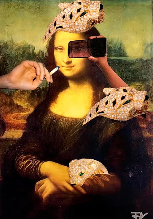 Mona out of Louvre - EyeSelfie