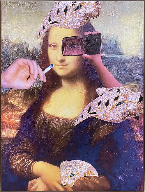 Mona out of louvre - Eye Selfie