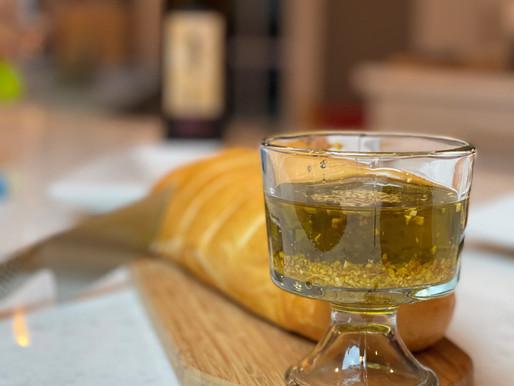 Crunchy Garlic EVOO Dip