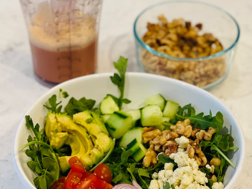 Summer Salad with Gorgonzola, Toasted Walnuts and Red Wine Vinaigrette