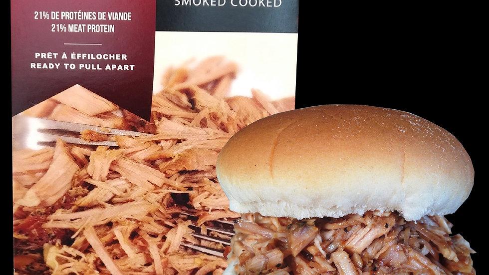 Longe de porc épicé, roti et cuit sous vide.