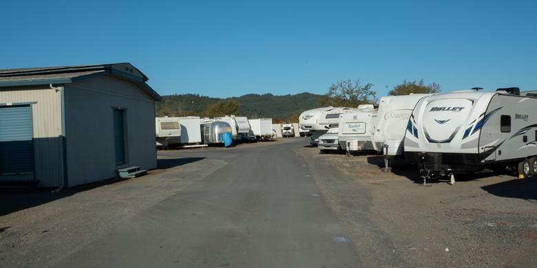 RV Storage at Payless Storage Cloverdale