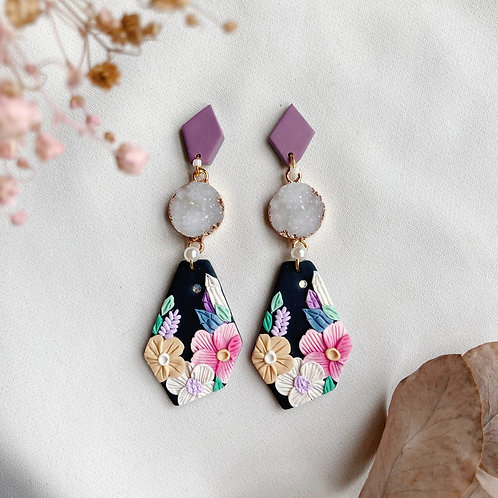 Geometric Purple-White Crystal Florals