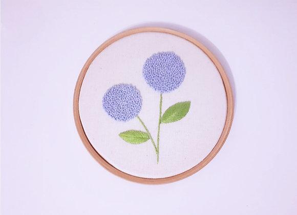 Bordado Flor Azul