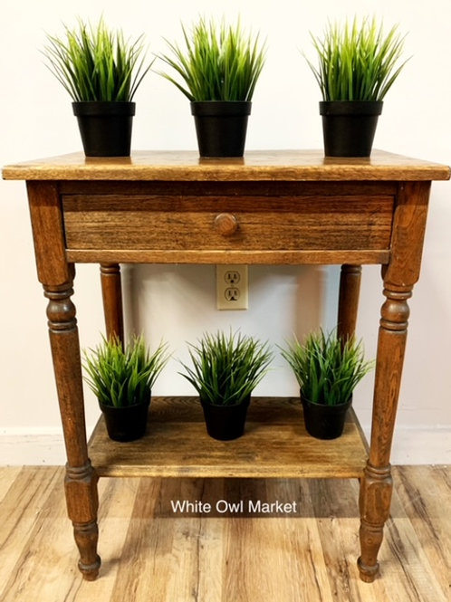 RUSTIC ANTIQUE SOLID OAK ACCENT TABLE