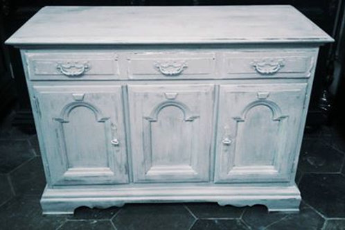 CHATEAU CHIC CABINET