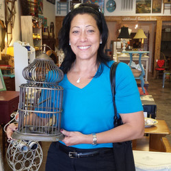 Bird Cage found a new home _#forthebirds #birdcage #homedecor  #furniture #funstuff #funkyfinds
