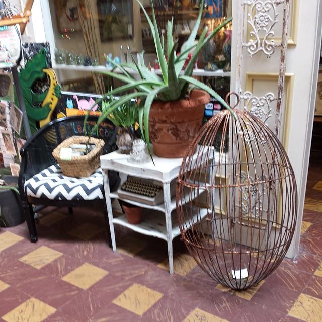 Cool!_#furniture #funstuff #vintage homedecor