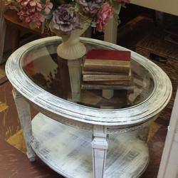 New Romantic Side Table_#whiteowlmarket #stpete #600block #crisliparcade #homedecor #holiday