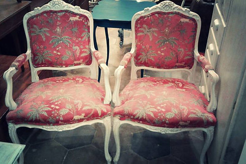 CHATEAU CHIC PAIR OF CHAIRS