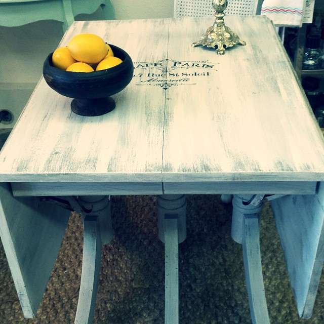 New Arrival Dining Table
