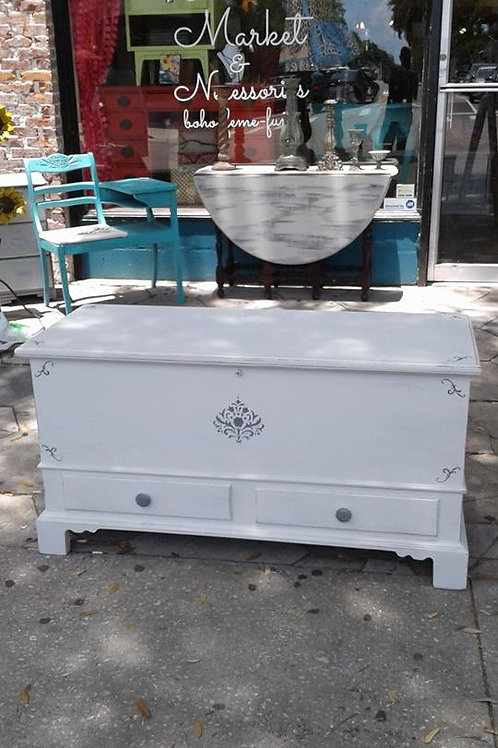 CHATEAU CHIC MISTY PEWTER CEDAR CHEST/BENCH