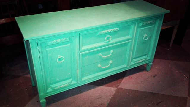 Our Customers love Turquoise _#home #wecustompaint #homedecor #paintedfurniture #pickacolor #bestval