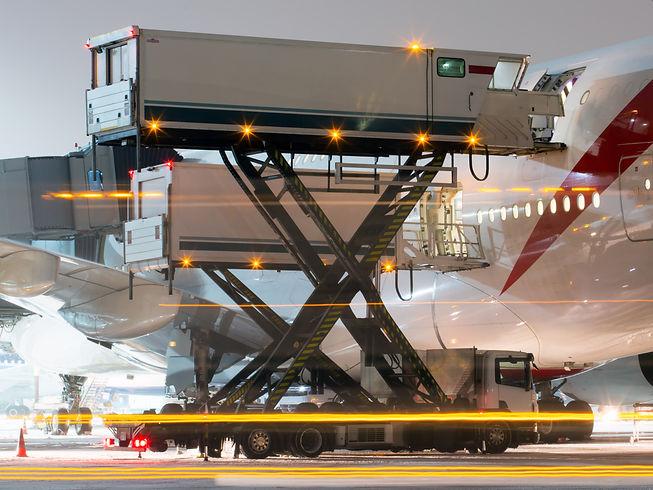 Preflight service of a passenger plane.