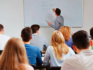 Teto remuneratório de professor com cargos acumulados não pode ser aplicado sobre o somatório dos re