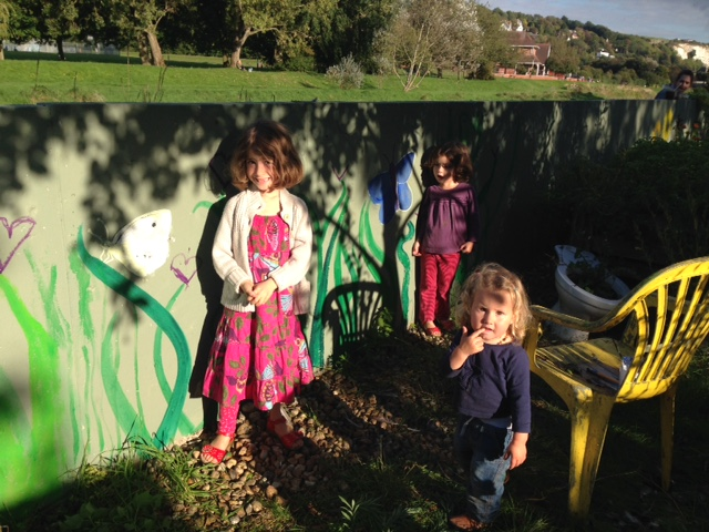 mural day kids wall