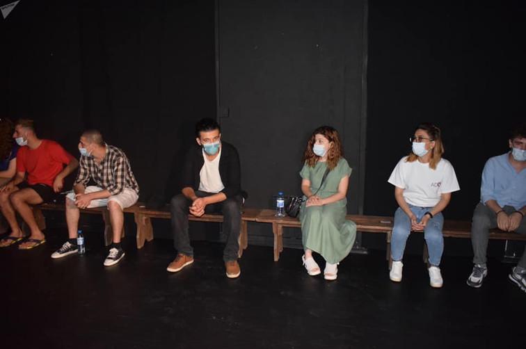 Театр ADO открыл сезон: спектакли будут показывать для десятерых