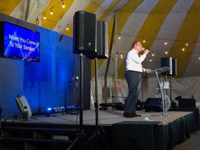 Evangelist Andrew Howard 4.jpg