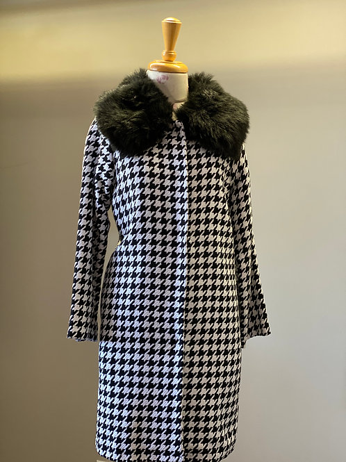 Houndstooth Jacket with Faux Fur Collar