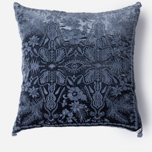 Velvet Silk Pillow with Tassels JW