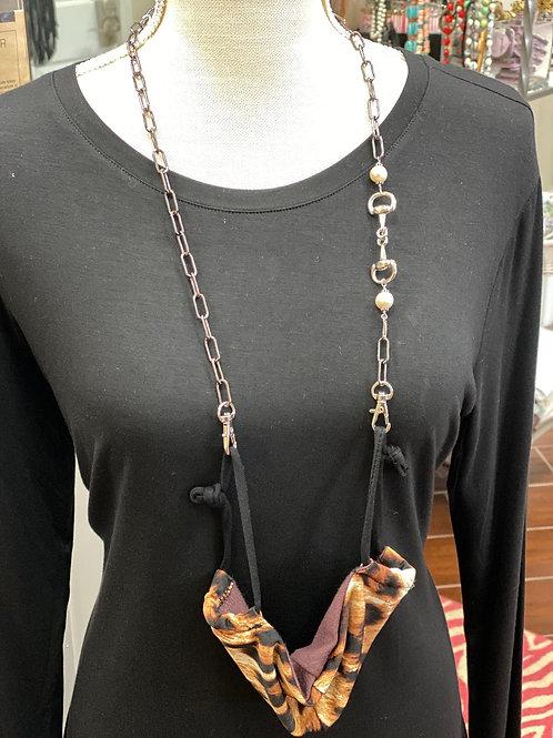 Equestrian Chain w/ Pearl  ~ Mask Chain