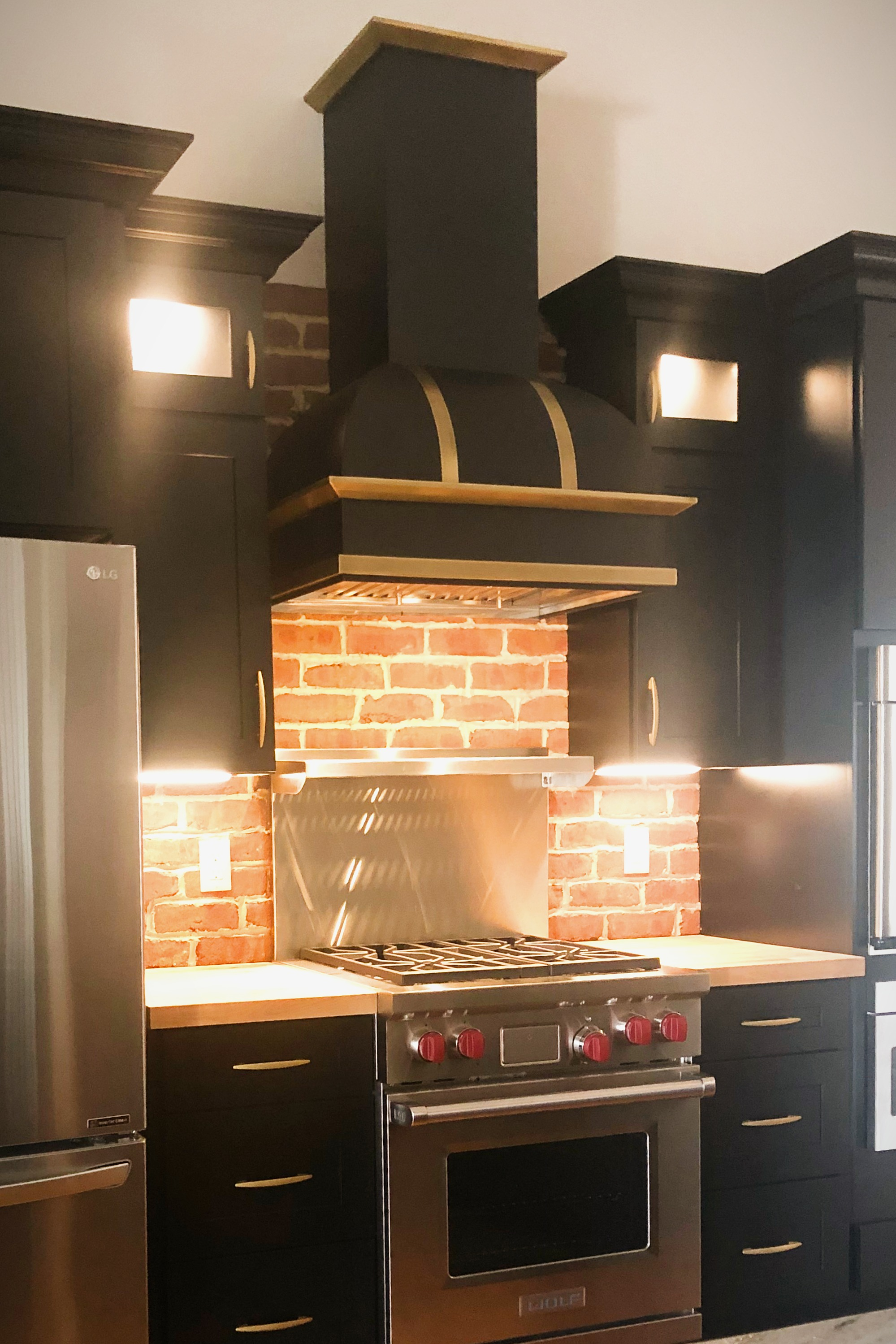 Flat Black Powder Coated Range Hood with