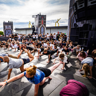 Techno Yoga @ Frequency
