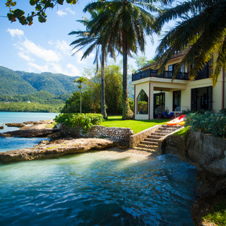 Bluefields Bay Villas - Email Marketing