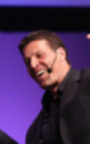 tony-robbins-shares-his-3-best-public-speaking-tips.jpeg