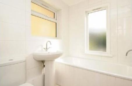bawdale_bathroom.jpg
