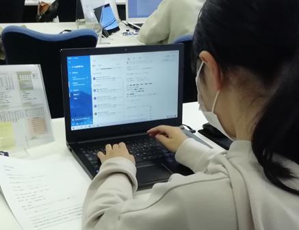 パソコン村 諫早教室 ビジネスメール勉強中