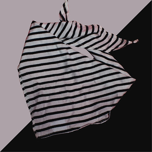 Pañoleta diagonales blanco y negro