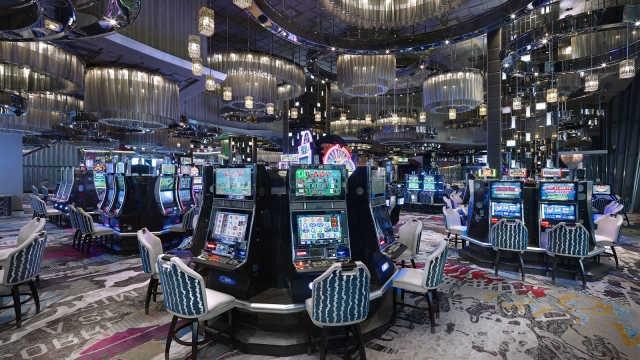 블랙스톤, 라스베이거스 코스모폴리탄 카지노·호텔 56억5000만 달러에 매각 https://er779.com