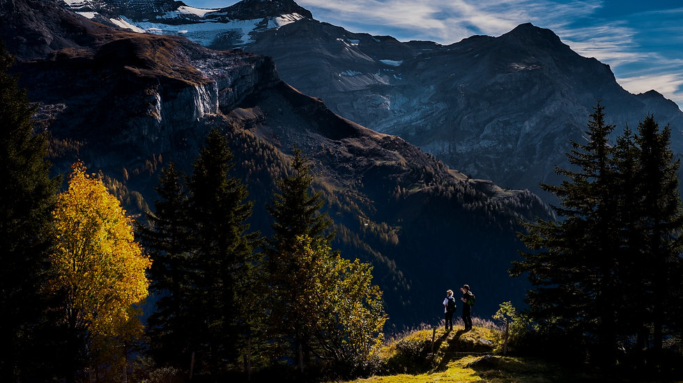 Hikers%20in%20Mountainous%20Landscape_ed