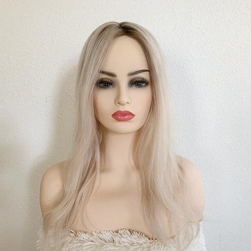 "Lightest Blonde w/Shadow Root 18"""