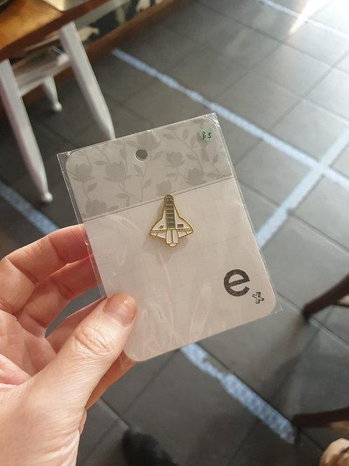 Spaceship pin badge