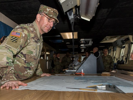 General Abrams visits the USNS CHARLTON