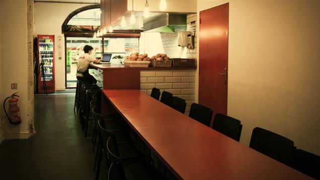 RESTAURANT_Upper Burger