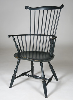 Baluster Comb back arm chair