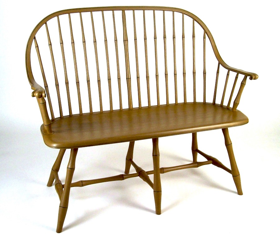 Continuous Arm Windsor Settee