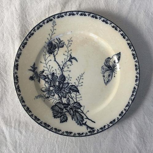 フランス アンティーク サルグミンヌ デザート 皿 プレート 21cm (No4 花A-蝶)