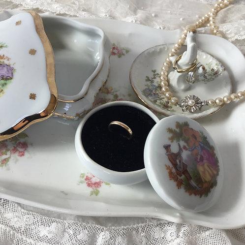 フランスアンティーク リモージュ 陶磁器の指輪ケース