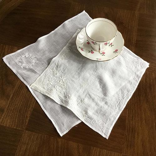 (2枚セット)フランスアンティーク コットンローン ハンカチ ホワイトワーク 白刺繍