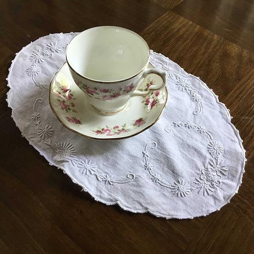 フランス アンティーク コットン ドイリー 白刺繍 オーバル スカラップ刺繍
