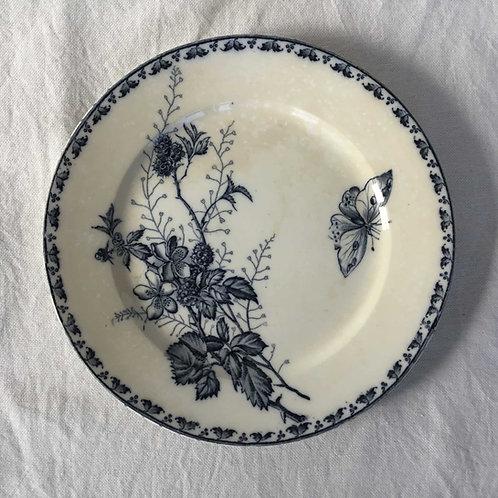 フランス アンティークプレート 皿 サルグミンヌ  21cm (No4 花A-蝶)