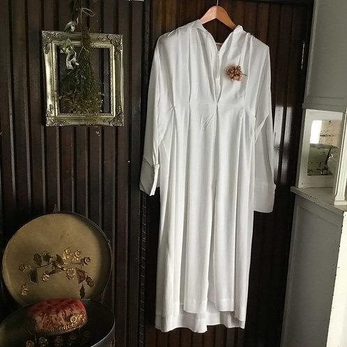 フランス ビンテージ 司祭服/信徒服 アルバ(アルブ) フード付き 男女兼用