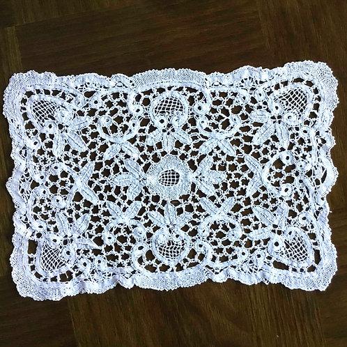(在庫2) フランス アンティーク バテンレース ドイリー ホワイト 長方形  20 x 30 cm