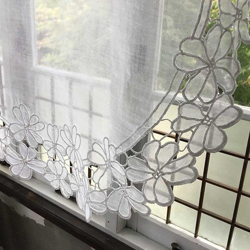 フランス アンティーク オーガンジー カットワーク 花模様 ドイリー テーブルセンター オーバル ホワイト 白