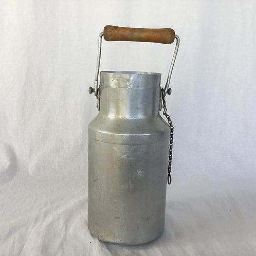 フランスアンティーク Le Trèfle アルミニウム 木製ハンドル ミルク缶 ミルクポット 22.5cm  (M)